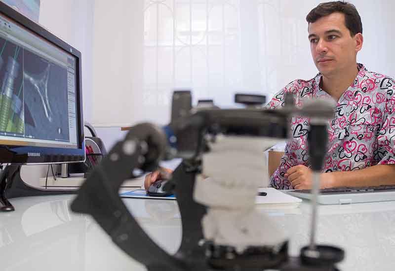 Implantes guiados por ordenador en Zaragoza